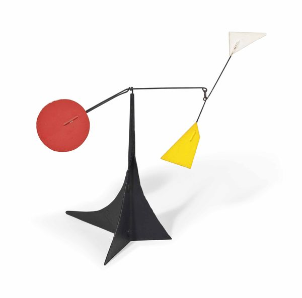 Alexander Calder (1898-1976) White and yellow polygons, Red disk Réalisé en 1964 Estimation: 250 000- 350 000 euros.